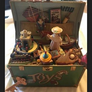Other - Enesco Treasure Chest Of toys music box